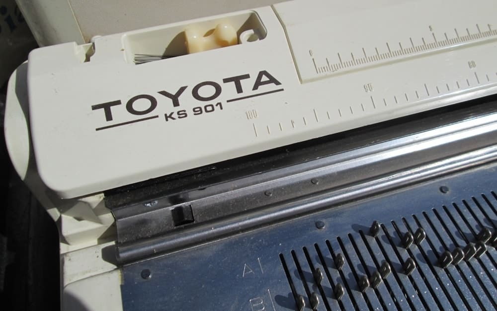 Knitting Machine Help or Info articles, all at Xena Knits.
