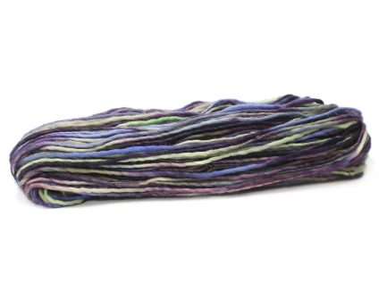 Hand Kettle Dyed Lilac Roller Corridale Wool Classica WC9977